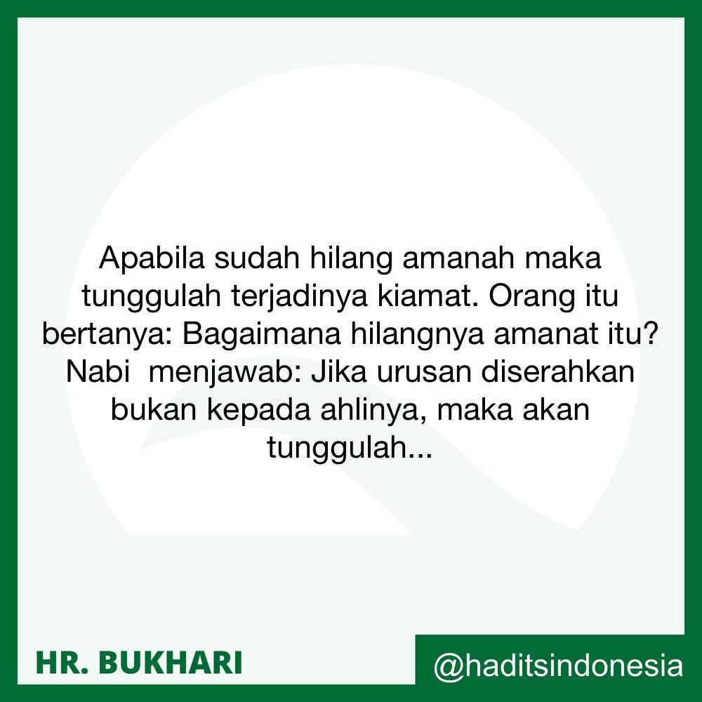 Siapa yang bertanya tentag ilmu sedang dia terus menyampaikan pertanyaannnya….
